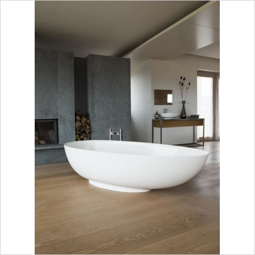 Clearwater Baths - Teardrop Petite Modern Bath 1690 x 820mm Clearstone
